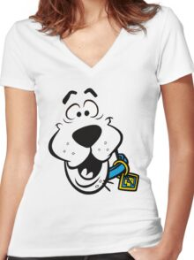 SCOOBY DOO FACE Women's Fitted V-Neck T-Shirt