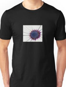 Beautiful White African Daisy Close-Up  Macro Unisex T-Shirt