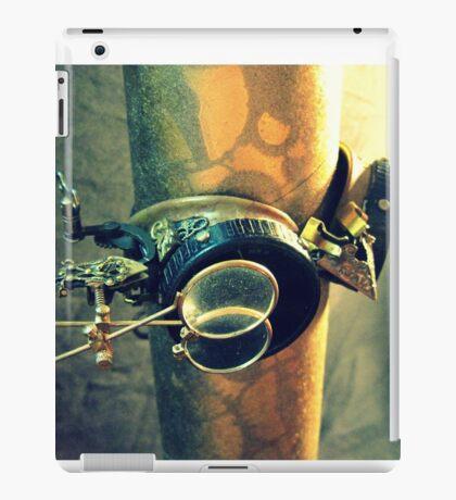 Steampunk Goggles 2.0 iPad Case/Skin
