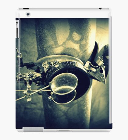 Steampunk Goggles 2.2 iPad Case/Skin