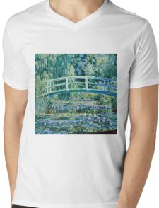 Claude Monet - Water Lilies and Japanese Bridge (1899)  Mens V-Neck T-Shirt