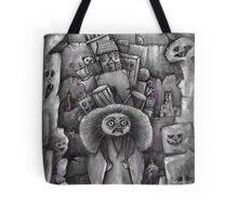 labyrinth bag lady  Tote Bag