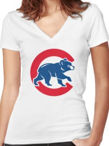 cubs chicago Women's Fitted V-Neck T-Shirt