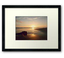SUNSET . PANTONE MAUVE Framed Print