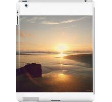 SUNSET . PANTONE MAUVE iPad Case/Skin