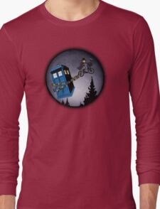 Fourth Doctor Fly With Bicycle Long Sleeve T-Shirt