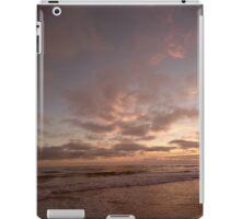 PANTONE MAUVE NUAGES iPad Case/Skin