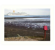 P&O's Oriana leaving Southampton Water seen from Calshot, south coast of England Art Print
