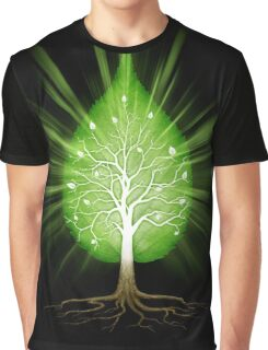Green leaf shaped tree nature fractals concept on black background art photo print Graphic T-Shirt