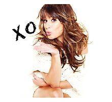 xoxo  by tanahudson