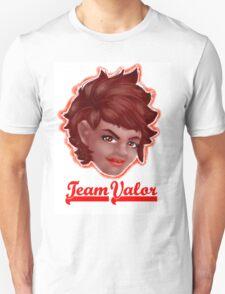 Candela Team Valor Pokemon Go  Unisex T-Shirt