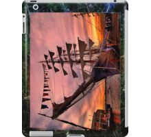 A.R.C. Gloria , Columbia  iPad Case/Skin