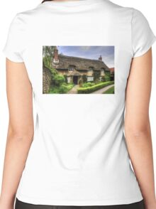 Beck Isle Cottage Women's Fitted Scoop T-Shirt