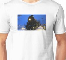 Santa Fe 4-8-4 Steam Train In The Snow Unisex T-Shirt