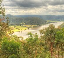 Hawkins Lookout ... Wisemans Ferry by Michael Matthews