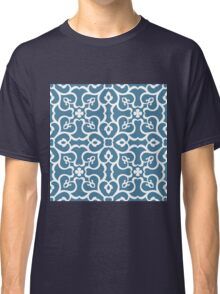 Seamless floral tiling pattern Classic T-Shirt