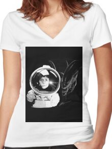 Ripley and the Beast Women's Fitted V-Neck T-Shirt