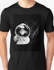 Ripley and the Beast Unisex T-Shirt