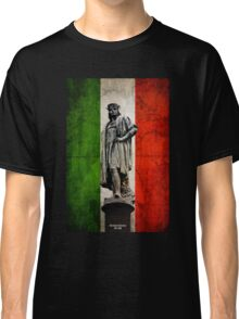 Christopher Columbus Statue with Italian Flag Classic T-Shirt