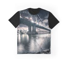 manhattan bridge on the night Graphic T-Shirt