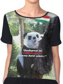 Ihr spezielles Panda Souvenir direkt aus Budapest, Ungarn! Chiffon Top