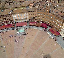 Down Below; Piazza Del Campo by wiggyofipswich