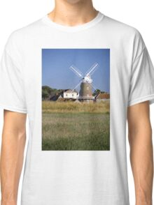 Cley Windmill and reedbeds Classic T-Shirt