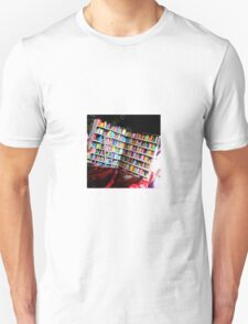 Unlimited Books Library Design T-Shirt