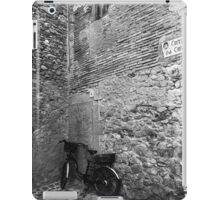 Bicycle in an Alley iPad Case/Skin
