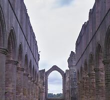 Abbey Ruins by chris2766