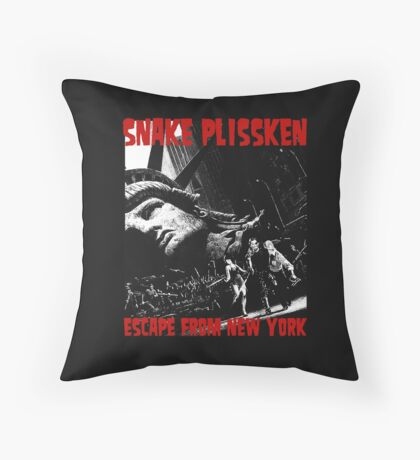 SNAKE PLISSKEN - ESCAPE FROM NEW YORK Throw Pillow