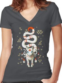 Long Tail Fox Women's Fitted V-Neck T-Shirt