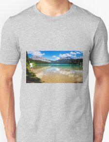 Emerald Lake Yoho National Park Canada Unisex T-Shirt