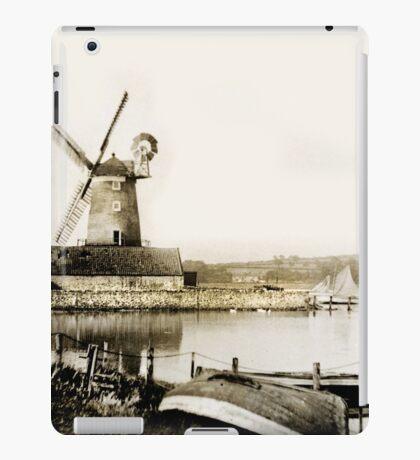 Historical Cley Windmill iPad Case/Skin