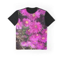 Daisies Graphic T-Shirt
