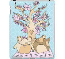 Maneki neko love blossom tree iPad Case/Skin