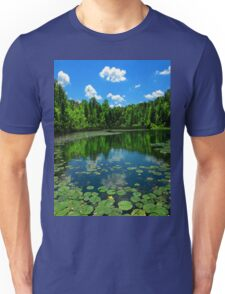 The arrow flies when you dream, the hours tick away..In the fullness of time, a garden to nurture and protect..it's the measure of life T-Shirt