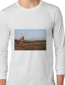Cley Windmill at Dawn Long Sleeve T-Shirt