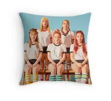 red velvet - rr group  Throw Pillow