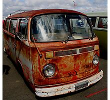 rusted bus Photographic Print