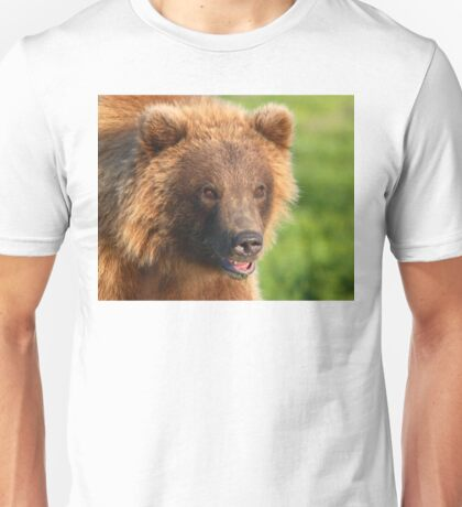 Blond Grizzly Bear Unisex T-Shirt