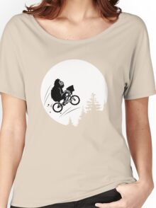 Bigfoot ET funny Women's Relaxed Fit T-Shirt