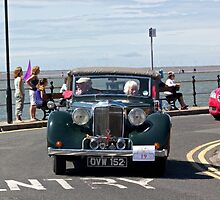 Green soft-topped Vintage Car - West Kirby, July 2014 by Block123