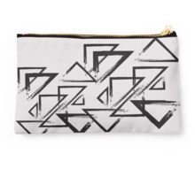 triangle  Studio Pouch