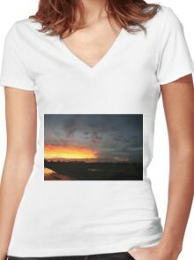 Teeth of night Women's Fitted V-Neck T-Shirt