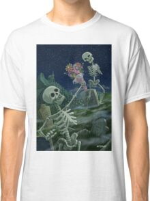 Romantic Valentine Skeletons in Graveyard Classic T-Shirt