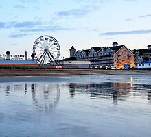 Reflections on low tide at dawn by Poete100