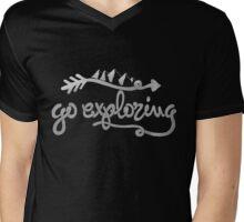 GO EXPLORING Mens V-Neck T-Shirt
