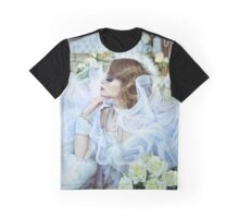 White Roses Graphic T-Shirt