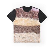Knit layers Graphic T-Shirt